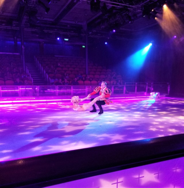 Oasis of the Seas Figure Skating Show