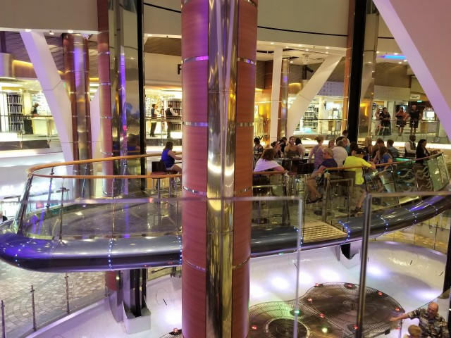 Rising Tide Bar, Oasis of the Seas
